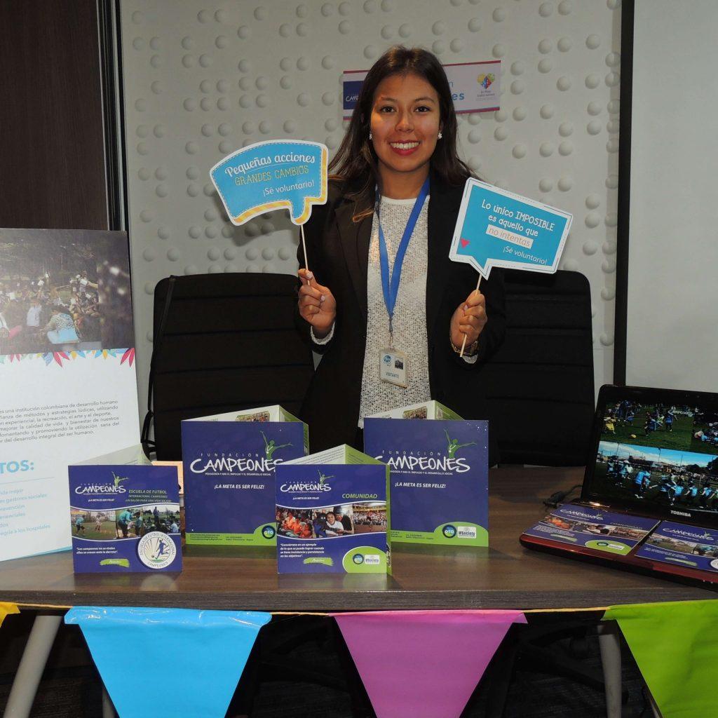 Responsabilidad social empresarial programas a la medida con el acompañamiento de fundación yanapaqui