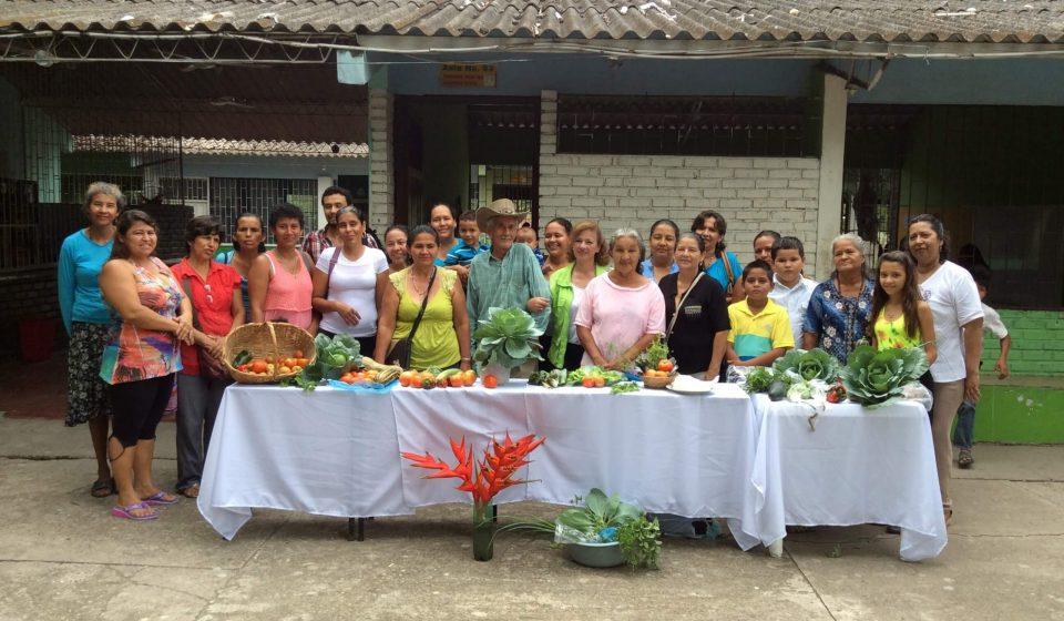 Visión empresarial yanapaqui desarrollamos programas de responsabilidad social empresarial